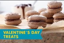 Valentine's Day Treats / Fall in love with these Valentine's recipes for breakfast-in-bed, Valentine's Day parties for your little ones, just you and your sweetie - or the whole family!
