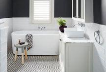 MAISON - Salle de bain •