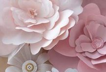 It´s all about paper/ flowers