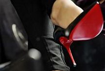Lady's shoes black red only