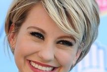 SHORT textured cuts / Look for a short, textured cut? Check out these styles...