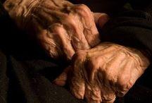 LA MAIN  ✋ / Hands...