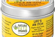 Life's An Itch Meal Topper to Reduce Allergies in Dogs & Cats / Pet nutrition to help stop allergen triggers in dogs and cats