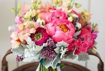 bouquets. / Too many pins, time to start organizing them onto different boards!   Beautiful bouquet inspiration....