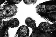 """Walking dead / Ce tableau conserve tout sur la série """"Walking dead"""""""