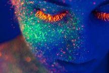 neon / Spiel mit Fabe und Licht