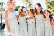 Abiti cerimonia bambini / Come trovare gli abiti cerimonia bambina che Le piacciono di più? Asposa.it Le offre vari abiti damigella bambina a buon mercato e di prima qualità.
