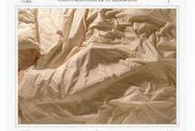 Mateo Maté ::La Gran:: / Mateo Maté (Madrid 1964) ha trabajado los conceptos de lo doméstico, del territorio, el mapa, lo nacional o la vigilancia; dando lugar así a una obra conceptual muy crítica pero accesible. Su trabajo está ampliamente representado en las colecciones de  importantes museos de arte contemporáneo de España como el MNCARS, MUSAC, Patio Herreriano, Artium, CAB, Fundación Botín… y ha expuesto en el resto de Europa y Norteamérica.