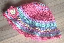 Gehaakte mutsjes, crochet hat / Haken, crochet stitch