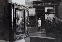 Robert Doisneau: Sidelong glance, 1948.