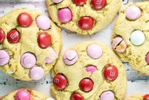 VALENTINE'S DAY DISHES / recipes and ideas for Valentine's Day food.
