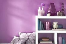 2014 Color of the Year: Radiant Orchid / It's that time of year again, we bring you some great ideas to incorporate Radiant Orchid into your house!