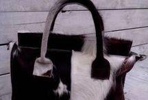 Leren handtassen en clutches. / Handtassen, schoudertassen, clutches, portemonnees van leder en huid of een combinatie daarvan. Ambachtelijk vervaardigd in Quartiere Vallone. merk Kaat. / by Che Bello Woonwinkel