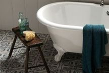 Time for a bath! / All things bathroom, from showers, storage, tiles, paint and accessories