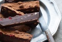 Fantastic Food: Cakes & Breads / Healthy Vegan, Sugar Free, and Gluten Free cakes and breads. Some recipes need adapting.