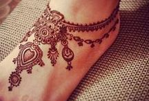 Mehndi Designs / by Hajera Thakur