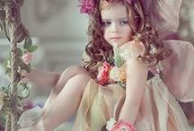 Fairy Photos / It is fairy difficult to see a Fairy in real life, so here we have lots of beautiful photos and illustrations of our most favourite Fairy Friends.