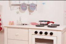Kinderküche aus Holz / Impressionen der mekitchen Kinderküche und Dinge die dazu passen würden.