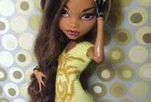 Doll clothes - Crochet and knit / Ideas, inspiration and beautyful dresses found around the internet-