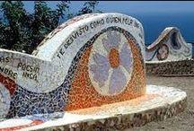 """Park Güell inspires // Park Güell inspira """"El parque del amor"""" """"The Love Park"""" / Located in Miraflores ( Peru ) , is one of the most visited tourist sites in this district and has a beautiful view of the Peruvian coast . #GaudiInspira Situat a Miraflores (Perú) , és un dels llocs turístics més visitats d'aquest districte i compta amb una bella vista cap al litoral peruà. #GaudiInspira Ubicado en Miraflores (Perú) , es uno de los lugares turísticos más visitados de dicho distrito y cuenta con una hermosa vista hacia el litoral peruano. #GaudiInspira"""
