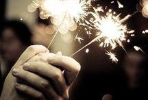 we wish you a happy new year! us desitgem un feliç any! os deseamos un feliz año! / www.parkguell.cat