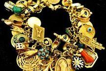 anillos, aros, colgantes, pulseras, apliques