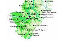 Charente (16)  (France). Ma région.GC. / La Charente (département),  situé à l'ouest de la région Poitou Charentes, dans le Pays de Horte et Tardoire voici  (Le Montbronnais, région de Montbron ). À quelques pas de là il y à les régions : L'Aquitaine (Dordogne) à 6 km ~ et le Limousin (Haute-Vienne) à 15 km ~.