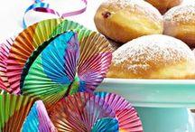 Die Foodistas feiern Karneval / Wir haben ein paar süße Köstlichkeiten passend zu Karneval für Euch zusammengestellt! In den nächsten Tagen, beschäftigen wir uns mit traditionellen Faschingsleckereien und Süßem fürs Karnevalsbuffet.