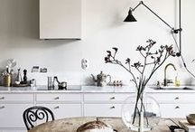 Kitchen & Dining ⌂ / Inspirational ideas for your Scandinavian kitchen and minimal dining area. From modern design kitchens to rustic Swedish dining rooms, I collect everything that makes my nordic soul sing.