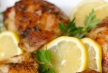 Chicken Recipes / by Merisa Eavenson
