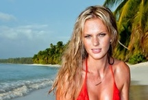 Celebrity : Female : Anne Vyalitsyna