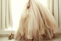 Wedding Dresses / The dress