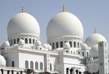 Abu Dhabi Turu / Yıl boyunca güneşli gökyüzü, görkemli kum tepeleri, temiz sahilleri, kozmopolit şehir yaşantısıyla Abu Dhabi her misafire farklı güzellikler sunuyor. Arap misafirperverliği ve mistikliğiyle birleşen bu kozmopolit atmosferiyle Abu Dhabi'yi mutlaka görmelisiniz.
