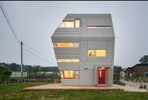 Architecture - inspiring buildings around the world / Binnen Pouloeuff is er ook plaats voor jonge aanstormende architecten. Maar omdat wij in een nogal monumentaal pand(je) zitten, werken wij nog aan een verrassende presentatie... Zin om mee te denken?
