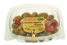 GastronomiaGourmet (olive in vaschette da 200g trays) / Vaschetta preconfezionata è termosaldata da 200g in atmosfera protettiva, senza salamoia, ed ha una shelf life di 2 mesi.- - - English - - - Thanks to an attractive take away 200 gr. tub, customers can now carry home the entire selection of olives available by the food counter. The tub is pre-packed and heat-sealed in modified atmosphere, without brine and with a shelf life of 2 months (refrigerated storage).