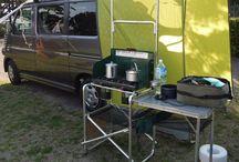 """CAMPING KITCHEN / OUTDOORでの""""キャンプ""""を""""野宿""""にしないためには大事な要素だと思うんです。"""