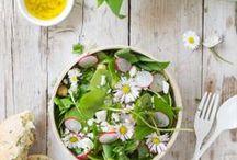 Salat Rezepte / Rezept rund um den Salat. Von Blattsalate über Kartoffelsalat bis zum ausgefallenen Wildkräutersalat. Such dir das passende Salatrezept einfach aus!