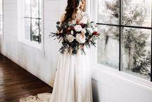 Wedding / wedding // wedding dress // wedding cake // wedding inspiration // decorations // invitations // bridesmaids // groom