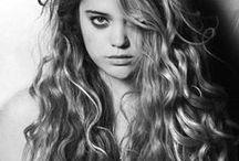 I want that HAIR! / by Amanda Poulin