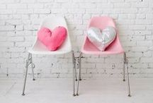 Be My Valentine ♡ / Kitchen is red, dining room's blue, why not decorate your home for Valentines too!
