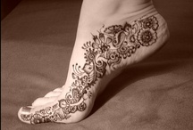 TATTOOING FEET / not only body art
