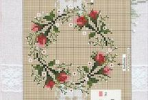 Cross stitch: Wreaths