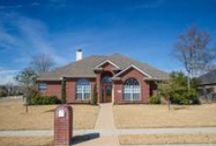 2700 Hickory Court, Bryan, Texas / 2700 Hickory Court in Austin's Colony | Home for Sale in Bryan, Texas | Three Bedrooms | Two Bathrooms | 1,826 sf on a 12,196 sf Lot | Split Floorplan | Granite | Stainless | Tile | Fireplace | Covered Patio | Side-entry Garage | For more information, please contact one of our Showing and Community Specialists at 979-450-0455 or visit http://bit.ly/ZA27. You may view our entire portfolio at http://zarealestate.com.