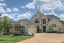 2468 Stone Castle Circle, College Station, Texas 77845 / Four Bedrooms | Three and One-half Bathrooms | 3,215 sf on a 8,887 sf Lot | Arched Entryways | Split Plan | Wood | Granite, Stone & Tile | Gameroom | Buffer | For more information, please contact one of our Showing and Community Specialists at 979-450-0455 or visit http://bit.ly/ZA2468 | You may view our entire portfolio at http://zarealestate.com
