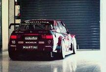 Alfa Romeo Motorsport / Tutte le vetture, gli uomini, i circuiti e le vittorie della grande storia sportiva dell'Alfa Romeo, dalla F1 al DTM, insieme a prototipi, Europei e WTCC.