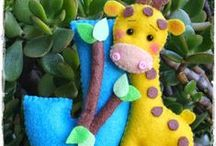 Felt crafts / by Liliana Hurtado