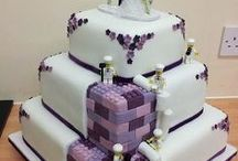 Wedding Cakes with shades of purple / Purple coloured cakes
