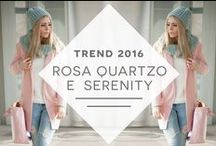 TREND: Rose Quartz e Serenity, / A Pantone divulgou a nova cor do verão 2016 europeu: o Como acontece todo ano, a Pantone anunciou os tons que colorirão o próximo ano, e os escolhidos são Rose Quartz e Serenity, tonalidades de rosa e azul. Essa influência da Pantone é tamanha, que a cor do ano, escolhida desde 2000, chega a ditar a indústria da moda.