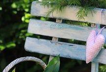 Chaises & bancs / Se reposer dans le jardin.