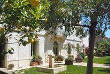 Languedoc Roussillon : Biens à vendre entre particuliers / Tout le charme du Languedoc Roussillon, une architecture typique, des matériaux locaux, les maisons et les appartements, traditionnels ou contemporains, ou autres biens directement vendus par des particuliers.